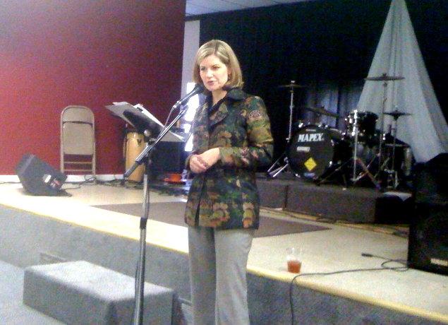 Former Atlanta TV anchor speaks | Human Clipping Service